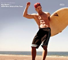 6 or 8 pack ? Kip Moore Has A Set Of Abs!!!