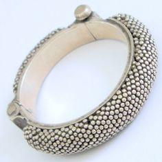 Vtg silver Indian bangle