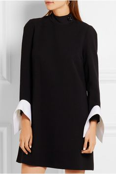 Black wool-crepe and georgette, white cotton-poplin  Concealed hook and zip fastening at back 100% wool; fabric2: 100% cotton; fabric3: 100% polyester; lining: 100% cotton Dry clean
