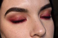 Viola Holmgren • NYX Cosmetics Faux Blacks Eyeliner - Oxblood • Anastasia Modern Renaissance Palette - Venetian Red, Red Ochre, Golden Ochre • GA-DE Idyllic High Definition Volume & Length Mascara