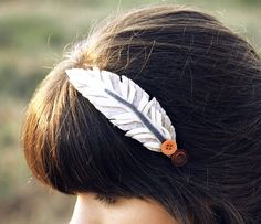 Felt feather clip $5!