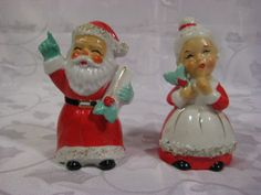 VINTAGE-JAPAN-LEFTON-CHRISTMAS-MR-MRS-SANTA-CLAUSE-SALT-PEPPER