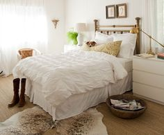 Quilts for master bedroom with white color for traditional decorations | Decolover.net