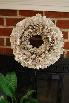 Love how full this book page wreath is!