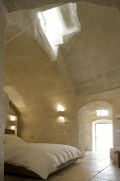 : Corte San Pietro Hotel by architect Daniela Amoroso Matera, Italy :. LOVE the high ceilings. Have been on the bucketlist for a while to stay in a beautiful grotto hotel Estilo Interior, Interior Styling, Interior Design, Design Hotel, House Design, Architecture Design, Casa Hotel, Home Living, Beautiful Space