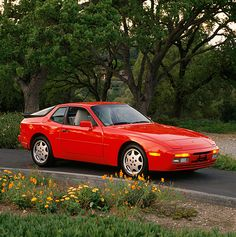 1988-1989 Porsche 944 Turbo - dirty secret: this was faster than the 911 of the same year. Better looking, too.