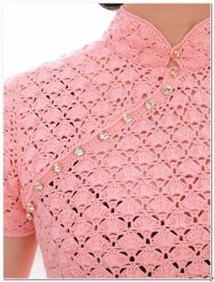 Вяжем для всей семьи спицами и крючком. Вяжем платье крючком для женщин со схемами вязания и выкройкой. Вяжем крючком для женщин.