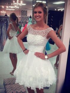 Chic A-line Scoop Capped Sleeves Short Mini Lace Homecoming Dress with Pearls