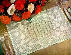Maggie's Crochet · Embossed Daisy Placemat Free Pattern