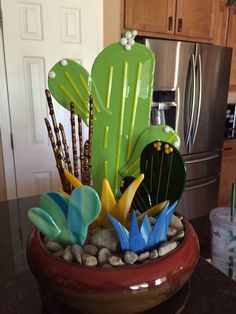 Cactus garden Glass Garden Flowers, Glass Garden Art, Stained Glass Flowers, Stained Glass Patterns, Fused Glass Ornaments, Fused Glass Plates, Fused Glass Art, Glass Fusion Ideas, Glass Cactus