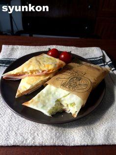 【簡単!!】5分で完成!朝ごはん、おやつにも*春巻きの皮パケット | 山本ゆりオフィシャルブログ「含み笑いのカフェごはん『syunkon』」Powered by Ameba Star Food, Food Menu, Japanese Food, Sandwiches, Food And Drink, Mexican, Lunch, Snacks, Cooking