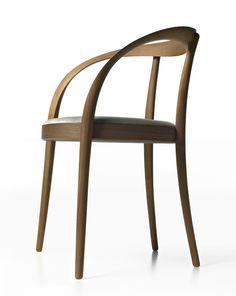 """Omega"" armchair \ Japanese designer Hironao Tsuboi designed for Arflex Japan. It is made of oak and walnut."