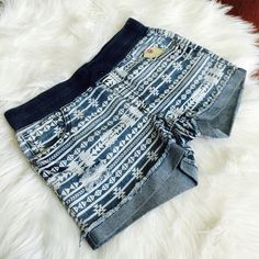 🌟5/$25🌟 🎉HP🎉 Blue Tribal shorts Size 14 kids/small for teens . Selling for teens not as a kids clothes.  Elastic waistband, 5 total pockets Vanilla star Shorts Jean Shorts
