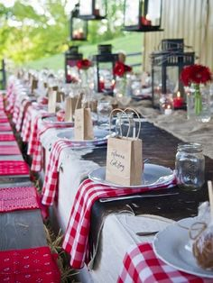 "Perfect Picnic Inspired Red/White Checkered 20x20"" Napkins 5pcs 