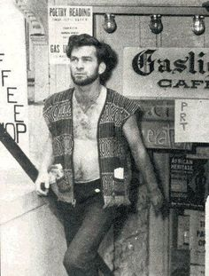 Beatnik from the 1965 - NYC in a bohemian version of beatnik style in an ethnic vest and jeans. Style Beatnik, Peter Paul And Mary, French New Wave, Beat Generation, Joan Baez, Maila, Greenwich Village, Folk Music, Jimi Hendrix
