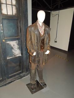 John Hurt The Day of the Doctor costume Doctor Who