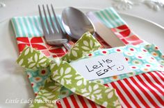 Little Lady Patchwork: CHRISTMAS UTENSIL HOLDER { A TUTORIAL USING MARMALADE FABRIC LINE}