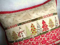 Holiday Stitches II. -  Red - vankúš