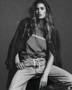 Photography Poses : Doutzen Kroes by Ben Weller for Twin Magazine SS 2015 - Dear Art Foto Fashion, Fashion Shoot, Editorial Fashion, Trendy Fashion, Men Editorial, Sport Fashion, Style Fashion, Jeans Fashion, Fashion Tv