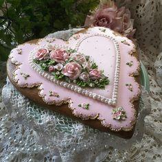 Gingerbread keepsake hearts valentine cookies