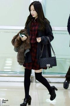 """"""" 150116 Taeyeon - Gimpo Airport arrival from Beijing Thank You Korean Fashion Kpop Inspired Outfits, Korean Fashion School, Airport Fashion Kpop, Korean Fashion Teen, Korea Fashion, Fall Fashion Outfits, Kpop Outfits, Korean Outfits, Kpop Fashion"""