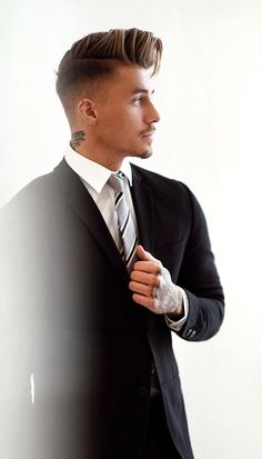 black suit aesthetic aesthetic surgery job job before and after remodelling Mens Hairstyles With Beard, Boy Hairstyles, Hair And Beard Styles, Haircuts For Men, Curly Hair Styles, Formal Hairstyles, Johnny Edlind, Comb Over Haircut, Men Hair Color