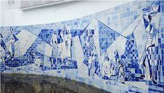 Instituto Moreira Salles do Rio de Janeiro - painel de azulejos criado por um dos mais importantes paisagistas brasileiros, Roberto Burle Marx (1909-1994). O painel foi criado em 1949 e faz parte do projeto paisagístico para a então residência do embaixador Walther Moreira Salles, hoje sede do Instituto Moreira Salles no Rio de Janeiro.