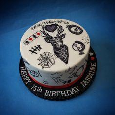 Tattoos cake, freehand painted on fondant Bolos One Direction, One Direction Birthday, One Direction Cakes, One Direction Tattoos, Harry Styles Birthday, Harry Birthday, Pretty Birthday Cakes, Cute Birthday Cakes, 14th Birthday