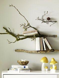 Wir setzen unsere Lieblingsbücher in Szene - und zwar mit diesem astreinen Regal ;-) #diy #interiordesign