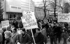 Die Spontibewegung folgte auf die 68-Bewegung und wird als eine Art Weiterführung dieser gesehen. Die 68-Bewegung zeichnete sich vorallem durch die von Frieden, Freiheit und Liebe geprägten Idealvorstellungen aus.