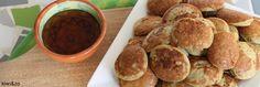 Banaan poffertjes zonder meel / bloem / tarwe      1 banaan (€0,20)     2 biologische eieren (Bio+ €0,60)     Snufje kaneel (€0,05)     Eetlepel honing (€0,20)     Snufje zout en scheutje olijfolie (€0,05)