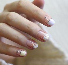50 Gorgeous White Nail Art Design – Beauty Life Tips Elegant Nail Designs, Elegant Nails, Cute Nail Designs, Stylish Nails, White Nail Art, White Nails, Office Nails, Korean Nails, Nails Only