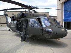 My favorite helicopter! U H 60 Black Hawk Airplane Drone, Helicopter Plane, Military Helicopter, Jet Plane, Military Aircraft, Black Hawk Helicopter, United States Army, War Machine, Usmc