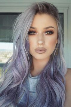 Grey to purple ombre hurr en 2019 grey ombre hair, hair styles et dyed hair. Grey Ombre Hair, Lilac Hair, Silver Lavender Hair, Silver Purple Hair, Light Purple Hair, Grey Hair With Purple, Periwinkle Hair, Purple Bob, Pastel Purple Hair