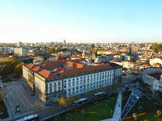 Portugal, livros e outras belezas culturais - por Luiz Trigo, Global Paths 20.11.2013 | (Porto)... A cidade inteira é um museu arquitetônico, em parte lúgubre, em parte luminoso, mas sempre fascinante.