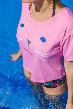 A chic cat shirt to relax in by the poolside