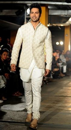 Bollywood fashion 780248704181290831 - Varun Dhawan for Kunal Rawal. 27 Bollywood Celebs Who Slayed At The Lakme Fashion Week 2017 As Showstoppers Source by Wedding Dresses Men Indian, Wedding Dress Men, Wedding Outfits, Wedding Wear, Wedding Suits For Groom, Indian Dresses, Bridal Dresses, Kurta Pajama Men, Kurta Men