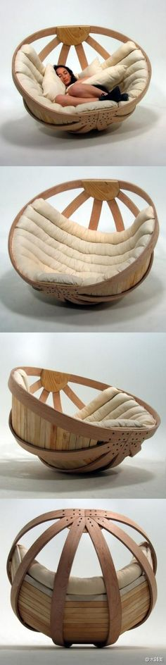 This cradle chairs, like a spirit of relying on a very practical