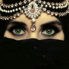 Arabic............... http://www.pinterest.com/pin/513480794988416964/