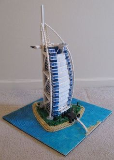 Awesome Lego, Cool Lego Creations, Lego Architecture, Lego Models, Hanging Chair, Legos, Minis, Projects To Try, Home Decor