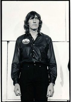 "more-relics: ""Roger Waters Pink Floyd 'The Wall Tour' 1980-81 """