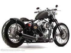 Resultados da Pesquisa de imagens do Google para http://images.motorcycle-usa.com/PhotoGallerys/Brass-Balls-Bobbers-softail.jpg