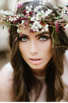 Beautiful floral crown | enchanted forest inspiration styled shoot 0012