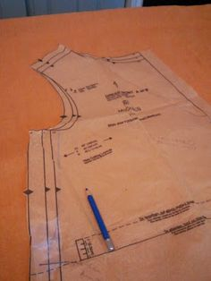 Mady's SCA Sewing Thingy - turning a mundane pattern into garb