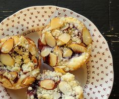 Always looking for fun brunch ideas.. what a yummy sweet treat for the bread basket!