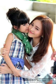 Unda & Aom sushar #Thai #cute  #girl