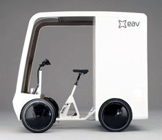 EAVan, British start-up Electric Assisted Vehicles Limited have revealed an electric cargo bike with an range of for inner city deliveries Electric Cargo Bike, Best Electric Bikes, Electric Tricycle, Electric Cars, 4 Wheel Bicycle, Velo Cargo, Pedal Cars, Mini Bike, Bicycle Design