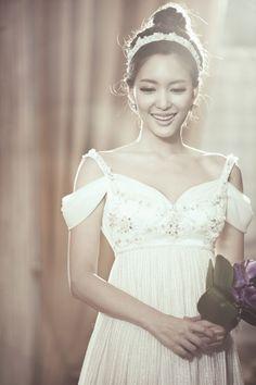 Seo, Jiyoung pre-wedding photos / Korean Concept Wedding Photography - IDOWEDDING (www.ido-wedding.com)