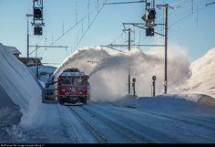 RailPictures.Net Photo: 801, 95403 RhB - Rhätische Bahn Gem 4/4, Xrot mt at Ospizio Bernina, Switzerland by Georg Trüb