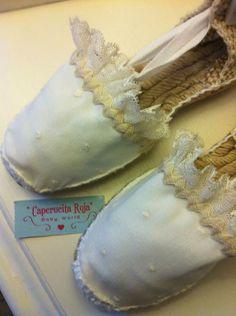 Alpargatas Ballet Shoes, Dance Shoes, First Communion, Diy Fashion, Baby Dress, Shoe Boots, Espadrilles, Sneakers, Crafts